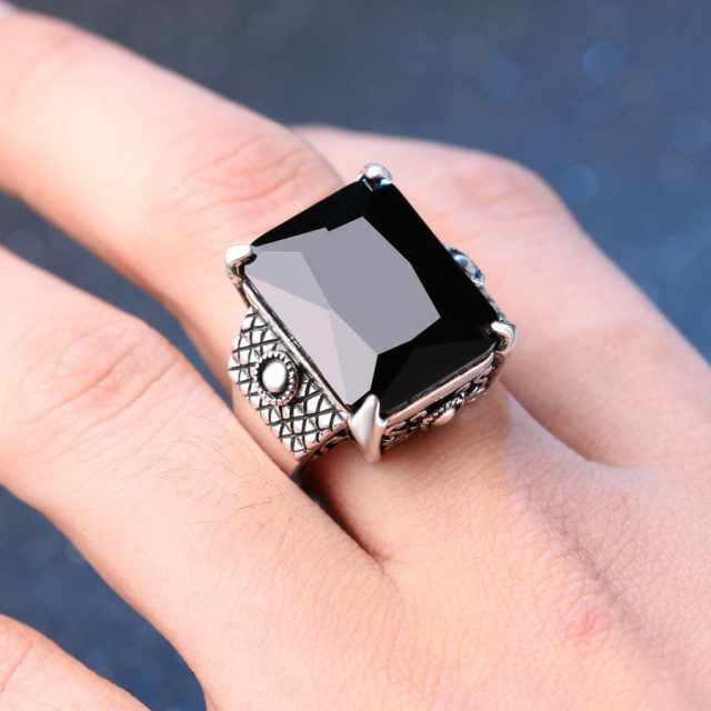 Men's Luxury Black and Silver Ring